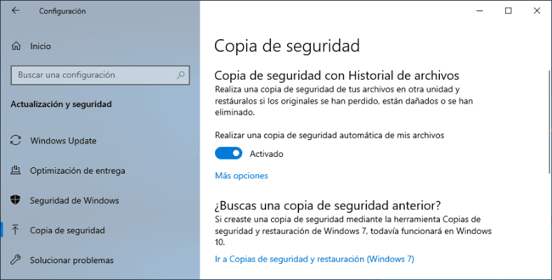 Ir a Copias de seguridad y restauración (Windows 7)